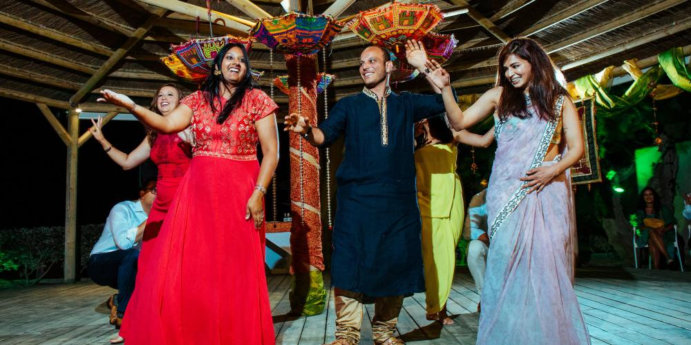 Mustapha & Kinnari: Amazing Hindu Wedding Agia Anna Beach